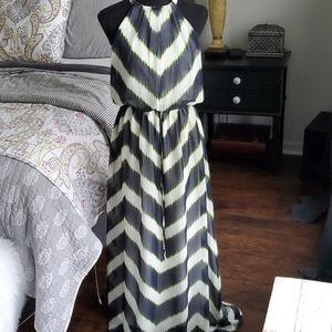 Vince Camuto Maxi Dress sz 4